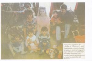 Fotografie trimisă din Canda (Crăciun 1990). Atenţie, în fotografie sunt cinci copii, nu doar cei patru adoptaţi prin aceeasi sentinţă judecătorească de la Sibiu!
