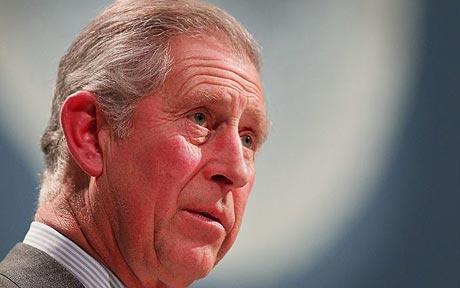 Nu v-aţi cam săturat de nesfârşitele reportaje şi emisiuni în care ni se arată cât de îndrăgostit este Prinţul Charles […]
