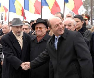 Cei care conduc destinele României după 1989 sunt trădători de ţară. După asasinarea Ceaușeștilor România a intrat în stare de […]