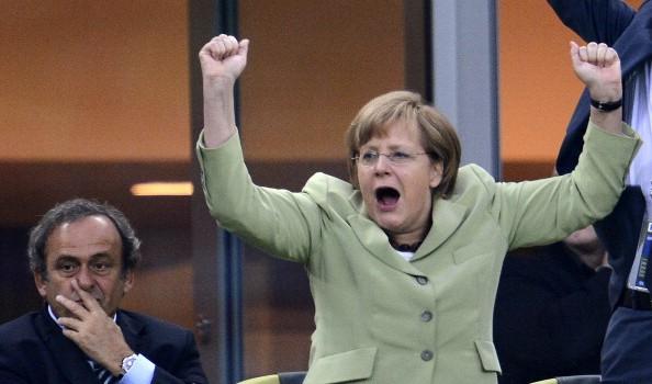 Germania este motorul de necontestat al Uniunii Europene, cea care trage, din răsputeri, înainte această căruţă descentrată şi artificială […]