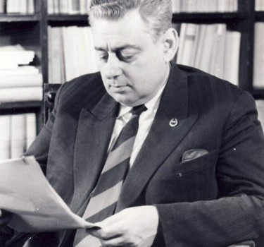 Mi-aduc bine aminte momentul: la o ședință de catedră, Alexandru Graur a venit cu o scrisoare primită din Israel, să […]