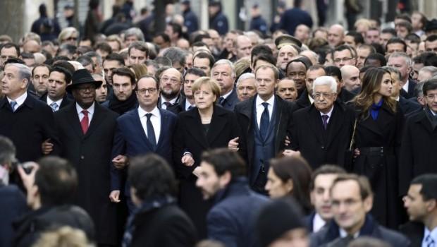 În atentatele sîngeroase din Paris s-au ciocnit două maladii ale democraţiei fără limite, care macină de ceva vreme trupul Occidentului: […]