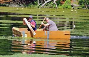 barca de carton