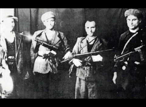 Mișcarea de rezistență antisovietică și anticomunistă (II)        Legionarii și rezistența antisovietică   […]