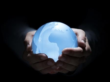 Secretul globului de cristal  Ce rost are să vă tot mint […]