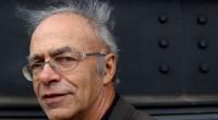 """Titlul de Doctor Hoinaris Causa acordat lui Peter Singer de Universitatea din Bucuresti Universitatea din Bucureşti îl onorează pe """"Profesorul […]"""