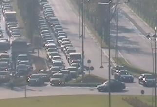 Generale, Iohannis, Ponta, acum ați înțeles ? Azi președintele a fost claxonat în trafic. Apăsat, lung, cu ură. Ca și […]