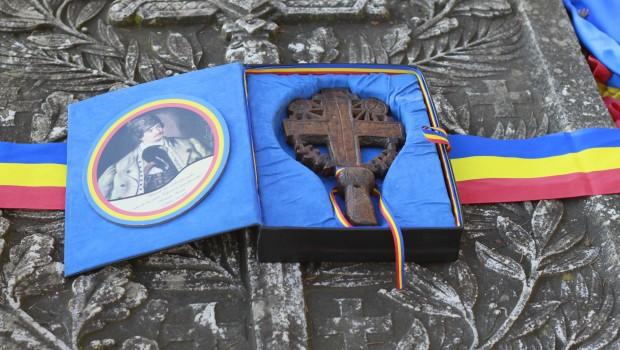 """MEMORANDUMUL DE LA ȚEBEA   Dragi Români,  """"Ceea ce se discută aici este însăși existența poporului român. Existența […]"""