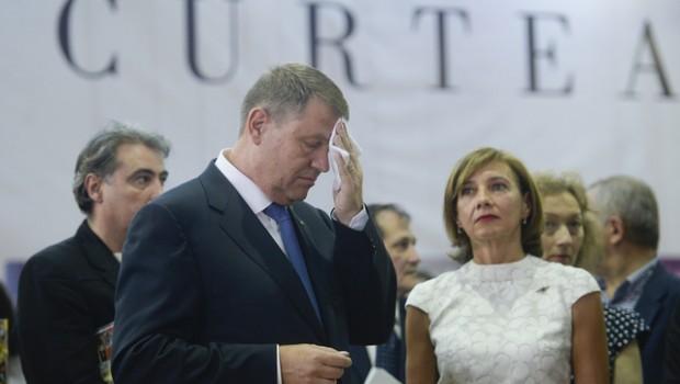 Statul român întârzie să își reclame dreptul de proprietate asupra casei pe care Klaus Iohannis a pierdut-o, prin hotărâre irevocabilă, […]
