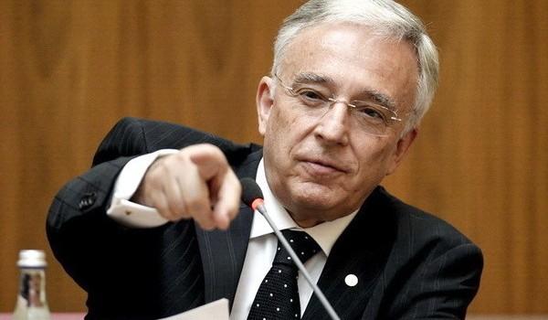 Domnul Isărescu se plânge că în 20 de ani nu a mai văzut atâtea pericole la adresa stabilităţii […]