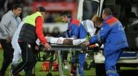 Aseară, pe stadionul Dinamo, jucătorul Patrick Ekeng, intrat pe teren de cîteva minute, s-a prăbușit dintr-o dată și în […]