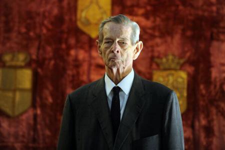 CUM AR PUTEA STĂNCULESCU SĂ FACĂ PRAF CASA REGALĂ DUPĂ MOARTE Presa ultimelor zile scrie că unii politicieni români […]