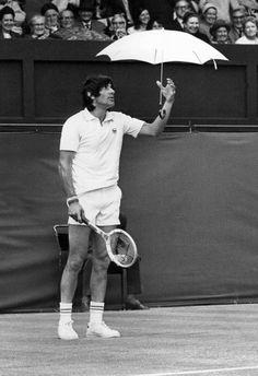 Marele campion pentru care jocul de tenis a fost, mai presus de orice, o joacă!  Cu ani în […]