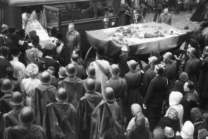Sfânta Parascheva la București, 1944.