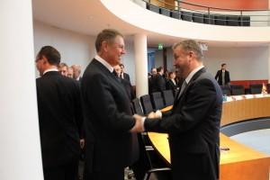 Klaus Iohannis și Bernd Fabritius, doi succesori oficiali ai hitleriștilor, împreună la Berlin
