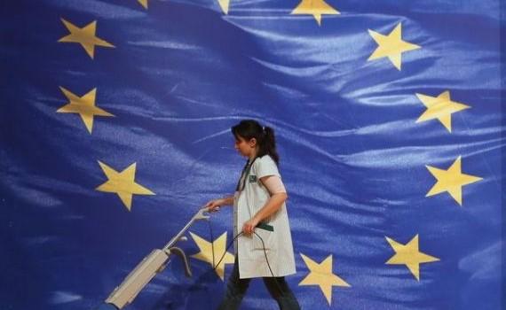 Se împlinesc 10 ani de la aderarea României la UE. Ceea ce a fost evitat până în prezent, probabil […]