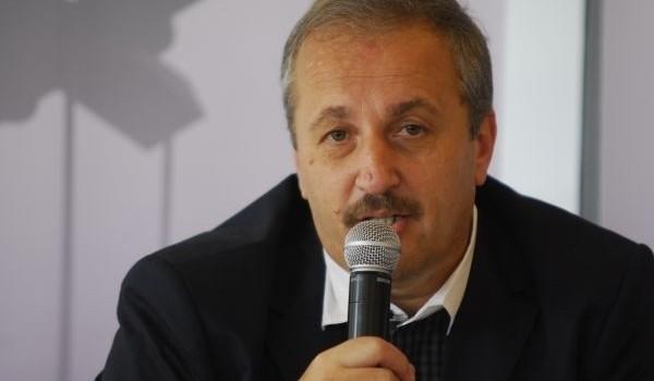 """Revista """"Sinteza"""" este revista lui Vasile Dâncu, fost vicepremier, prieten al lui George Maior si partener de cantari si […]"""