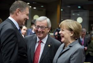 """Klaus Werner Iohannis, Jean-Claude Juncker și Angela Merkel, trei germani, chiar dacă sunt din țări diferite. Toți trei sterpi, fără urmași, """"roboții"""" ideali ai globalismului, total indiferenți de viitorul omenirii, după ei, potopul!"""