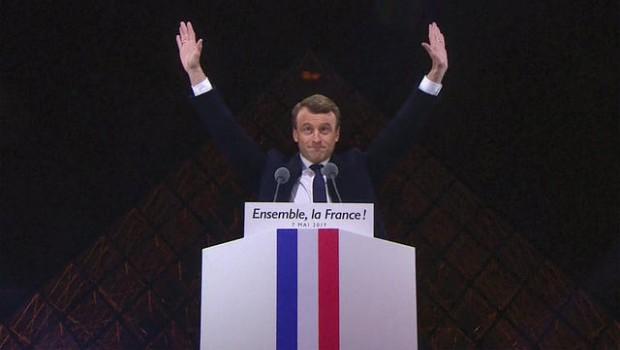 Toate institutele de sondaj franceze, întreprinderi foarte serioase (până mai ieri !), respectabile, cu vechime, l-au dat în ultimele […]