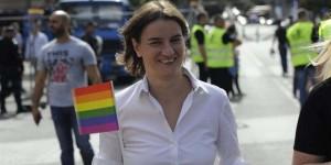 Ana Brnabic, lesbiană militantă LGBT, numită prim-ministru al Serbiei.