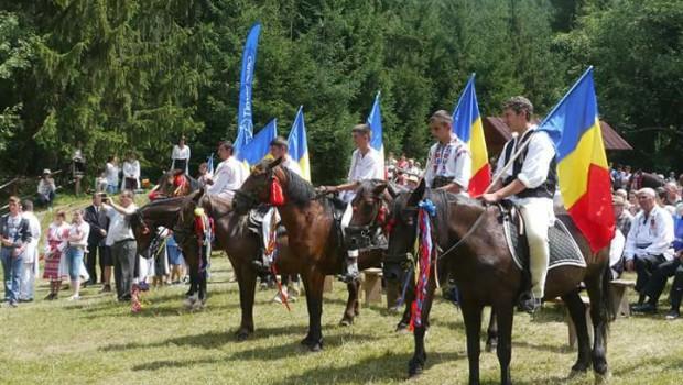 Veșnicia s-a născut la sat și satul românesc cu tradițiile lui dăinuie peste veacuri. An de an, în […]