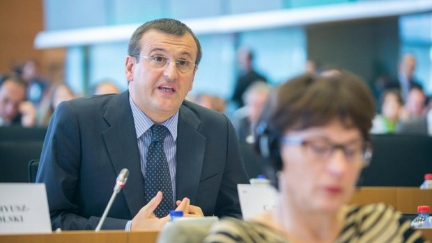 Povestea lacomă și meschină a unui vierme Cristian Preda, europarlamentar aflat la al doilea […]