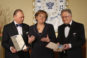Angela Merkel premiată de B'nai B'rith International.