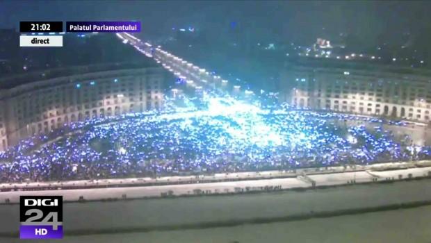 La momentul de varf al protestului din data de 20 ianuarie din Bucuresti, in Piata Constitutiei au fost […]
