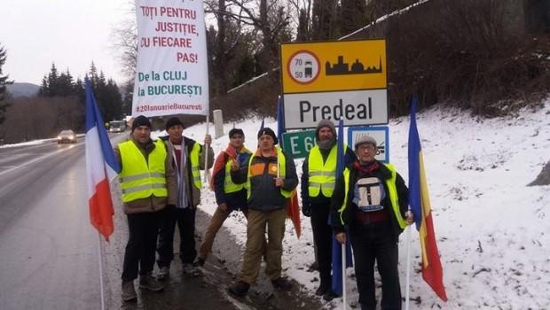 """""""Protestatari veniti de la Cluj pe jos – 450 km –, in Marsul Sperantei, pentru protestele de azi din […]"""