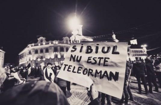 Sibiu: Regionalismul imbecil, pseudo-patriotismul local, superioritatea ariano-hitleristă a sibienilor față de restul românilor și îndemnuri subliminale secesioniste, promovate de […]