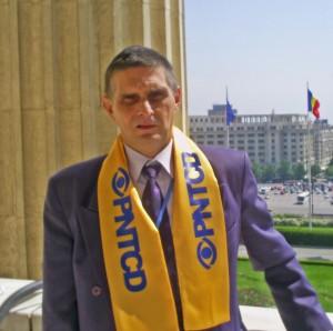 Marius Albin Marinescu, semnatarul articolului, membru PNȚCD din ianuarie 1990.