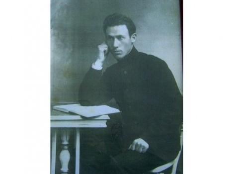 Sublocotenentul Ioan Buzdugan (1887-1967), secretar al Sfatului Țării, prevăzător și promotor al României Mari, poet S-a născut la 9 […]