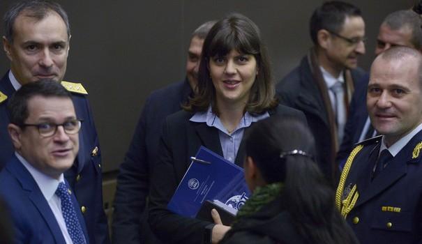 Cramponarea de Kovesi – sindromul României decapitate Laura Kovesi a fost propusă României ca o formă de energie […]