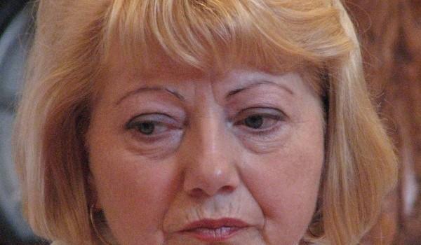 """Astrid Cora Fodor este """"mămuca"""" săsoaică succesoare a """"tătucului"""" Klaus Werner Iohannis. La Sibiu funcționează perfect """"sindromul Stockholm"""", al […]"""