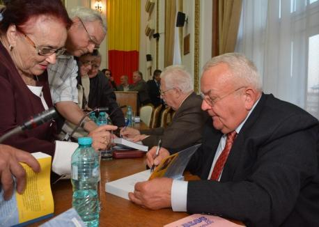 """Generalul Aurel Rogojan se erijează în istoric – Răspuns unor insolențe rogojeniste – În cartea """"Prăbușirea mitului Securității. Adevăruri ascunse […]"""