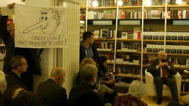 Scriitoarea și cercetătoarea franceză Catherine Durandin, unul din experții recunoscuți în comunismul românesc, dezvăluie că istoricul Lucian Boia ar […]