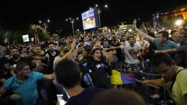 Ieri a fost în București un eveniment la care, ca de obicei în ultimii ani, nu am participat. De […]