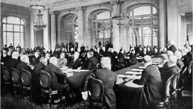 """""""Optanții unguri"""" sunt latifundiarii maghiari din Transilvania care după Tratatul de la Trianon au optat pentru cetățenia maghiară. Cu […]"""