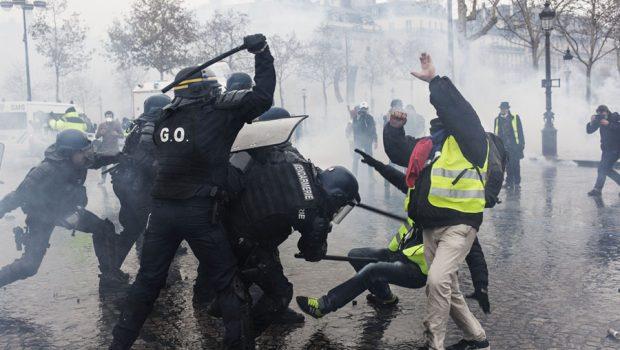 """Scrisoare către Ambasada Franței: abuzurile Jandarmeriei franceze la reprimarea protestelor """"vestele galbene"""" trebuie anchetate      […]"""