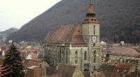 Biserica Evanghelică CA, campioană la proprietăți. 27 de imobile evaluate sub 10 lei fiecare Newsbv.ro continuă dezvăluirile asupra modului […]