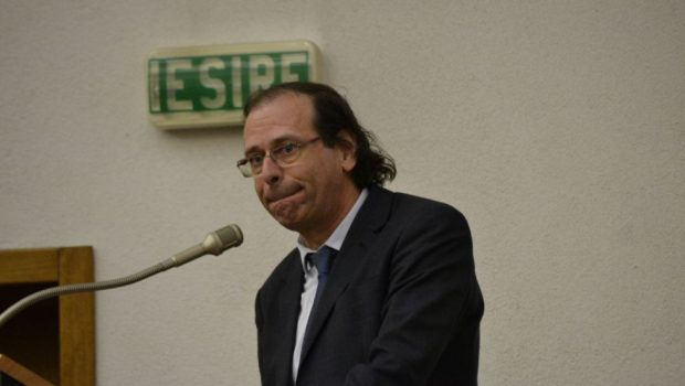 """Am mai menționat într-un episod anterior[1] că impostorul Alexandru Florian, directorul infamantului institut """"național"""" pentru studierea holocaustului din România […]"""