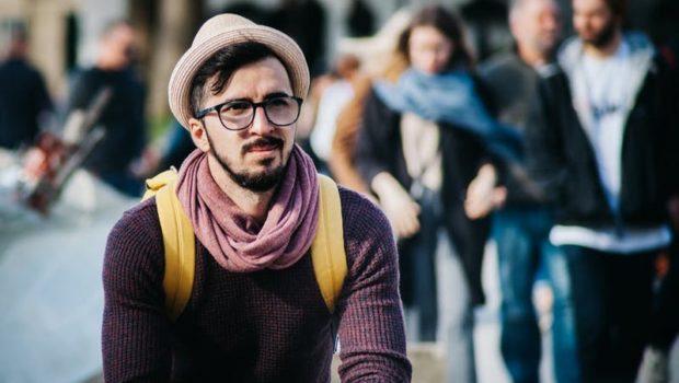SCRISOARE DESCHISĂ ȘI REDESCHISĂ… Hipstere din stradă, ți-am scris și anul trecut, pe vremea […]