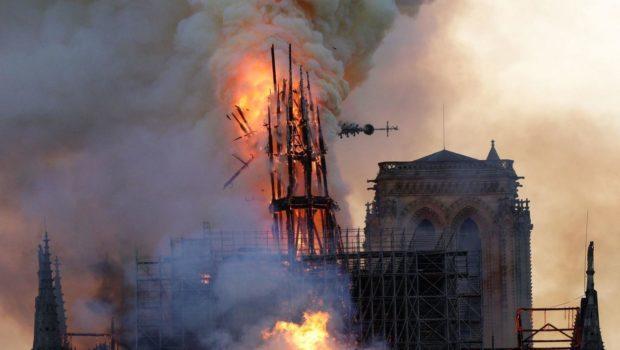 Semnul de la Notre-Dame În urmă cu zece zile pășeam […]