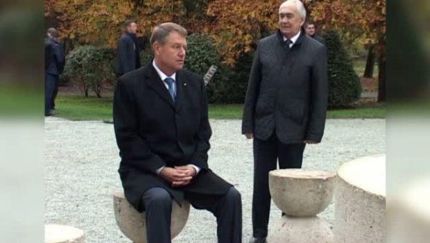Plăvanului cu atitudine antiromânească, un vot în bot și… (m)UE la statuie!        […]