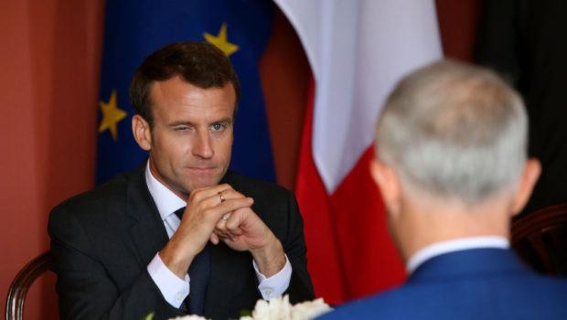 """Emmanuel Macron – președintele """"fakenews""""? Eseistul, jurnalistul, fostul dizident anticomunist Radu Portocală a publicat anul […]"""