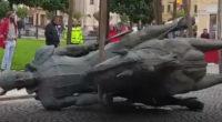 Statuia voievodului Mihai Viteazul a fost dată jos, marţi, în jurul orei 13.30 de pe soclul din Piaţa Unirii […]