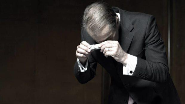 Cei mai bătrîni își amintesc faptul că în vara anului 1978 Ion Mihai Pacepa a dezertat, a rămas în […]