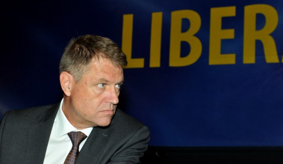 Domnule Iohannis, nu mai candidați! Funcția de președinte al României e o pălărie prea mare pentru Dumneavoastră!   […]