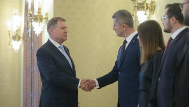 """""""Parteneriate energetice""""… cu alte cuvinte gazul din Marea Neagră! Asta e prețul vizitei lui Klaus Werner Iohannis la Casa […]"""