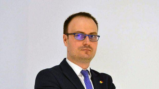 Un candidat care moare cu ei de gât Candidatura lui Alexandru Cumpănașu […]